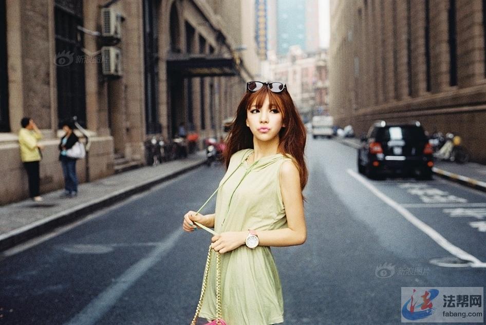 跑遍世界寻找美景的美女律师陈楠 律界动态